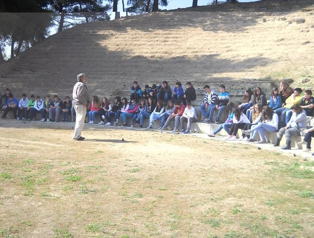 field teaching in ancient theatre of demetrias 5